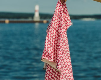 hot pink triangles | organic cotton t-shirt hair towel