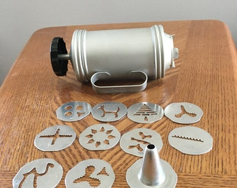 vintage 1950's Mirro Cookie and Pastry press