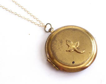 Antique Gold Brass Round Locket Pendant Necklace, Vintage Leaf Locket, Gold Filled Chain, Mourning Locket, Keepsake Locket, Leaf Pendant