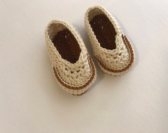 Cream baby booties, baby loafers, kids fashion, Xmas gifts, crochet booties, baby shower gift, boy booties