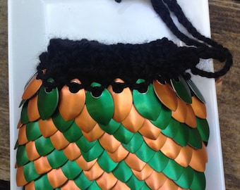 Dice Bag with bright green D and D dice set included, hand knitted with Scalemaille, LOTR, steampunk, glamour wear, dragon scales, cosplay