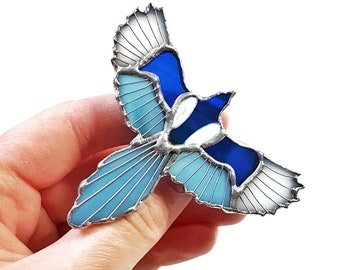 Magpie brooch Stained glass brooch Magpie Iridescent Blue magpie Magpie pin Bird Jewelry Megpie Woodland Bird brooch Bird pin Blue bird