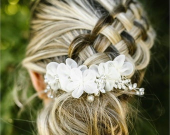 White Hair Comb, Flower Hair Comb, Silver Hair Accessory, Wedding Hair Comb, Bridesmaid Hair Accessory