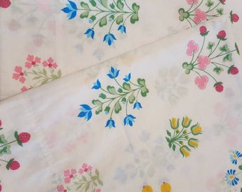 Floral pillowcases with strawberries free shipping U.S only