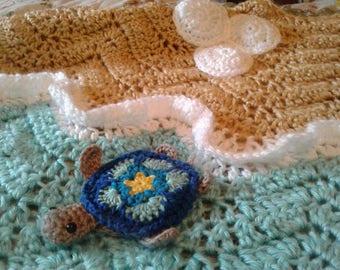 Turtle Beach Via Key West! Crochet Afghan/Throw Featuring Baby Sea Turtles/Sea Turtle Blanket Handmade Crochet