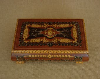 Jewelry Box inlay vernier and hand painted