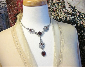 Renaissance Necklace, Medieval Jewelry, Red Jewel, Garnet Jewelry, Medieval Garb, Tudor Costume, Victorian, Bridal, Wedding, Bridesmaid