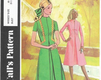Post Cereal Pattern D McCall's #2755 Misses Sizes 8 Bust 31.5 Dress High Standing Neck Front Pleat With Underlay Front Vent Back Zipper