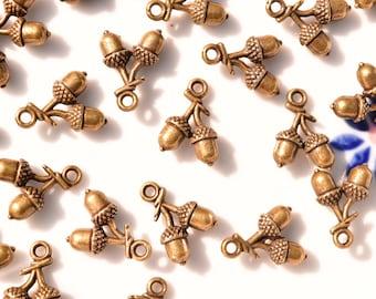 10 Bronze acorn charms | oak tree charms | tree nut charms | bronze charms | tree fruit charms | bronze oak charms | bronze branch charms