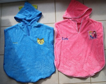 Hooded towel kids sizes 2 to 8 years