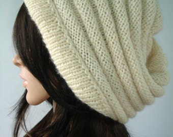 Slouchy hat in cream - ready to ship