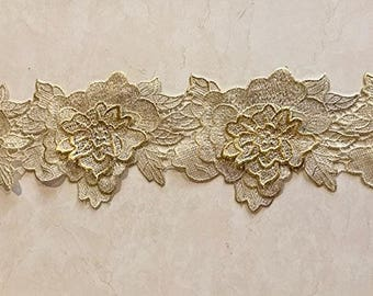 5'' Wide 3D Cream With Gold Flower Venice Lace Trimming Selling Per yard
