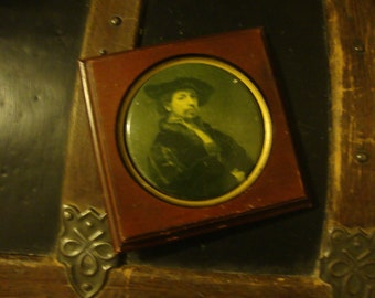 Vintage REMBRANDT Picture  CONVEX Mahogany Wood Self Portrait PICTURE Frame - Moody - Yellow Ochre - Cameo - Art - Painting - Home Library