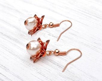 Rose gold pearl earrings, pearl earrings, wedding earrings, vintage style earrings, bridal earrings, gift for her, gift for mum