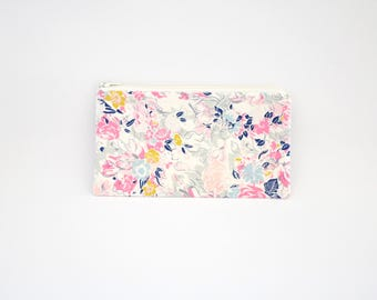Small Zipper Pouch, Zipper Bag, Makeup Pouch, Cosmetic Pouch, Coin Purse, Bag Storage Organiser - Ethereal Floral