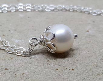 Freshwater Pearl and Sterling Silver necklace, Pearl dangle on Sterling Silver, Silver and Pearl necklace