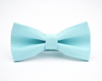Mens Bowtie- Kaufman Kona Cotton in Aqua, Blue Bow Tie, Aqua Bow Tie, Groomsmen Bow Ties, Wedding Bowties