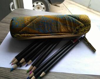 T013 - Kit school round wax (pencil box) canvas