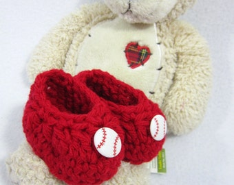 Crochet Baby Booties, Baby Shower Gift, Red Baseball Baby Slippers, St. Louis Cardinals Inspired, Simple Infant Shoe for Newborn Shower Gift
