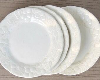 Vintage Metlox Poppytrail Grape Plates Set of 4, Dessert Plates, Cottage Style, Farmhouse, Tea Party, Plates for Weddings