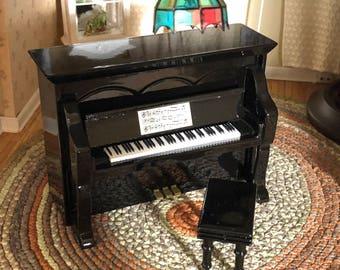 Miniature Black Upright Piano with Stool, Dollhouse Miniature, 1:12 Scale, Dollhouse Accessory, Music Room, Decor, Dollhouse Furniture