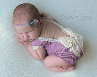 PDF Knitting PATTERN - Baby girl bodysuit. Sizes: newborn (0-1 month), sitter (6-9 months) Knitted with straight needles. US terms.