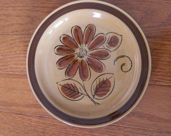 La Mesa Stoneware Daisy Bread/Side Plate