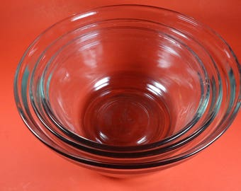 anchor hocking clear nesting bowls. Set of 3