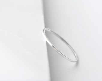 EXTRA Thin Square band delicate sterling silver ring - minimalist jewelry - simple stacking ring - plain thin band - midi ring - Nera 0.8mm