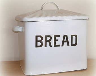 Enamel Bread Box Bin with Overlapping Handled  Lid & 2 Side Handles  Home Decor Kitchen Decor Farmhouse Rustic Retro Style