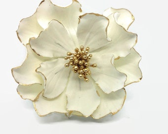 White and Gold Open Rose - Gold Gilded Edge