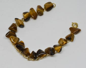 Lovely gold tone and tiger eye bracelet