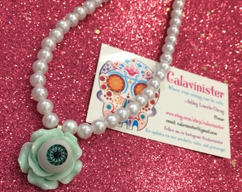 MINT Lonely Curious Rose necklace