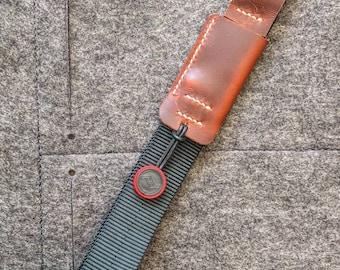 Camera wrist strap with Peak Design connectors