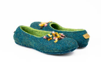 Ready to Ship No heel women wool slippers with Indian sari silk ribbons with natural latex soles, Wool slippers, Flat boiled wool slippers