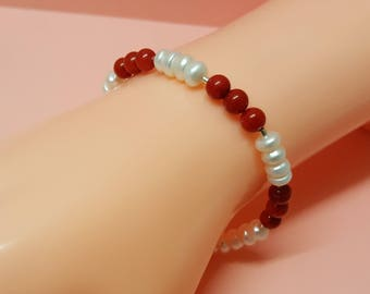 White Pearl and Red Coral Bracelet, Sterling Silver, Pearl Jewellery, Coral Jewelry, Natural Pearls, White Pearls, Red Coral Gemstone Beads