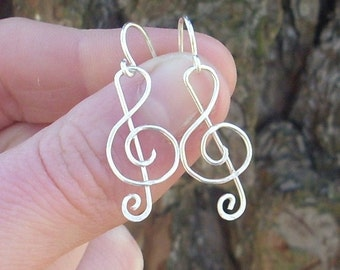 Silver wire Treble Clef Earrings