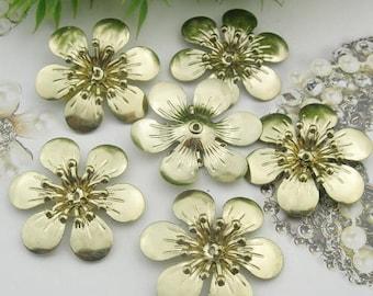 10pcs (28mm ) Raw Brass  Flower  Filigree Charms,(RB-04)