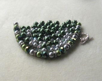 Green and Silver Glass Pearls, Crystal Glass, Jewelry Making Beads, Necklace Kit, Bead Combo, DIY Jewelry Kit, Necklace Design, Pewter