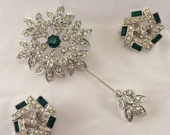 Truly exquisite Royal Sceptre signed Sarah Coventry mid century brooch and earrings set rhinestone faux emerald green stickpin pendant