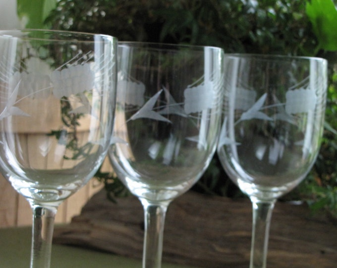Vintage Etched Wheat Wineglasses Set of Three (3) 1950s