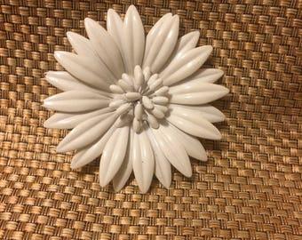 White mod flower brooch