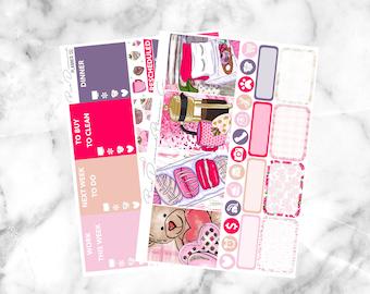 Love Nest // Basic Weekly Planner Kit (30+ Planner Stickers)