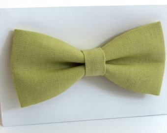 Yellow-green linen bow tie, wedding necktie, linen necktie,  groomsmen necktie,  yellow-green necktie,yellow-green bow tie for men