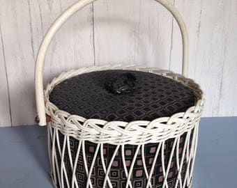 Round vintage 'wicker' sewing basket