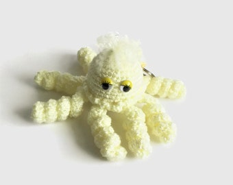 Pale Yellow Octopus Keychain, Amigurumi Stuffed Octopus Bag Charm, Plushie Octopus Keyring, Octopus Zipper Charm, Small Kawaii Octopus Toy