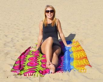 Pareo, beach towel, danga tulips by the Sea