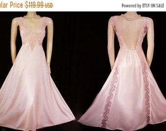 20% off Memorial Day Sale Vintage Val Mode Exquisite Strips of Sheer Lace Nightgown in Dreams of Lace designer nightgown low back gown pink
