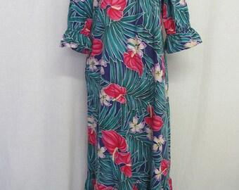 Hawaiian Caftan MuuMuu Hawaiian Dresss Hilo Hattie Cotton Floral Caftan 1980s Muumuu