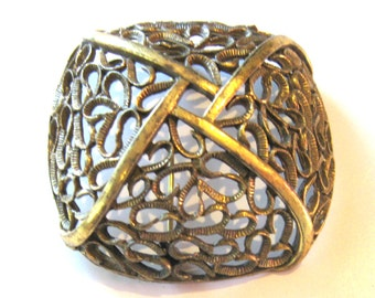 1940's Gold-Tone Metal Basketweave Brooch